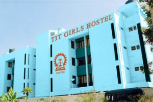 girls_hostel-02